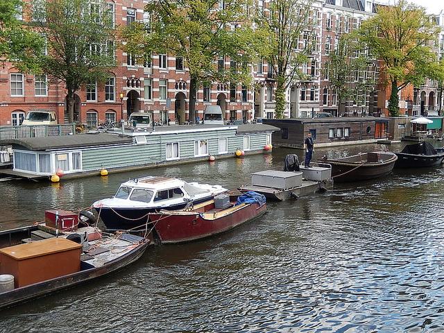 sleepboot amsterdam